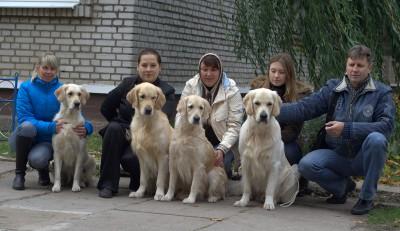 """13 октября 2012 года в городе Молодечно прошла Региональная выставка собак всех пород клуба """"Виктория""""."""