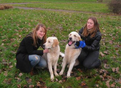 Марви-старший с хозяйкой Маргаритой и младший с любимой Кристиной