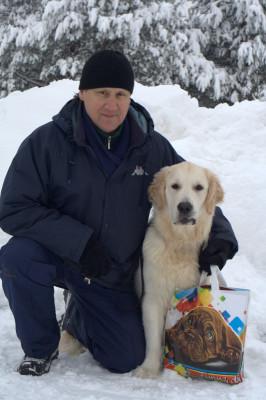 Юрия  и его собаку Золотой Охотник Баркли Бретон за отличное выращивание и воспитание собаки.